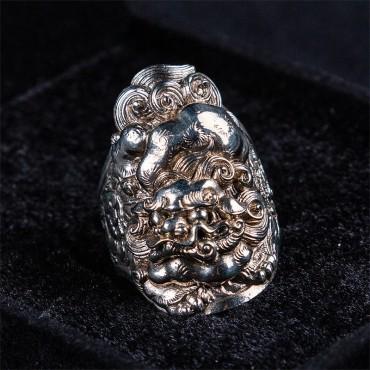 唐狮戒指 Tang Lion Ring